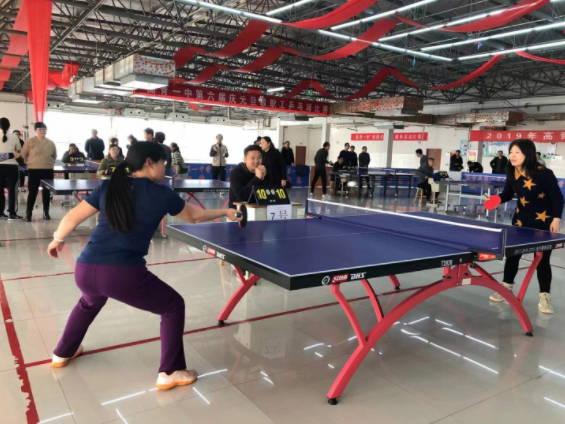 高青一中举行第六届庆元旦教职工乒乓球比赛