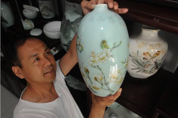 山东淄博:艺术瓷变身支柱产业园