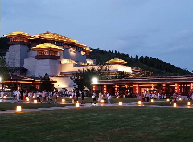 曲阜尼山圣境文化夜游活动精彩上演大型舞台