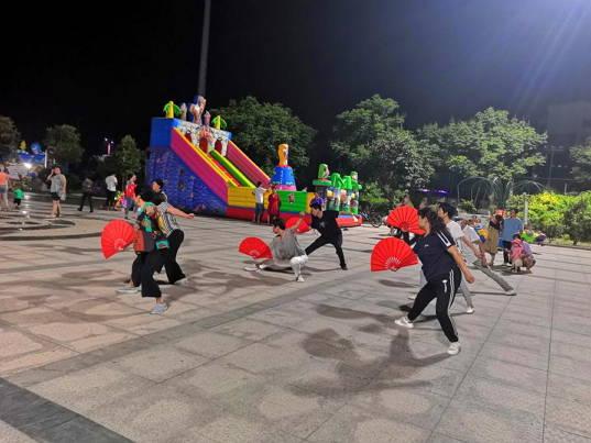 莒县果庄镇:小广场撬动文化振兴活力